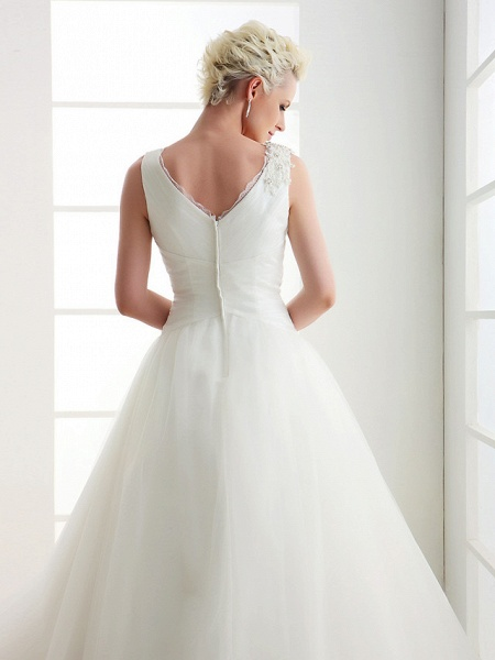 Ball Gown Wedding Dresses V Neck Floor Length Tulle Regular Straps Open Back_6