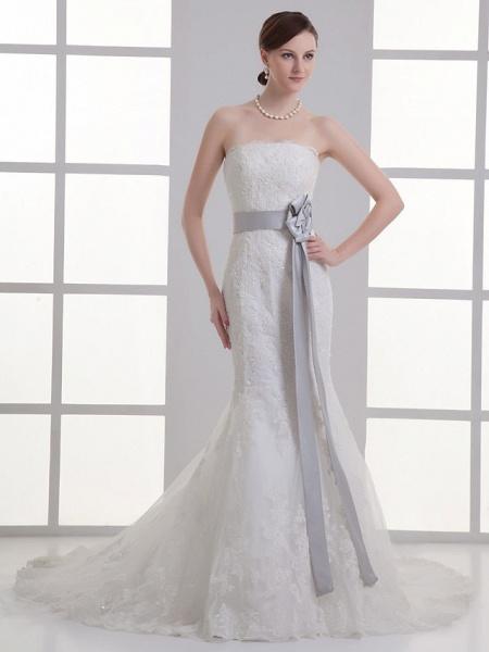 Mermaid \ Trumpet Strapless Chapel Train Lace Satin Strapless Wedding Dresses_1