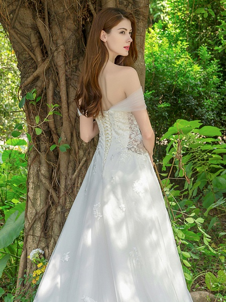 A-Line Wedding Dresses V Neck Court Train Lace Tulle Sleeveless_10
