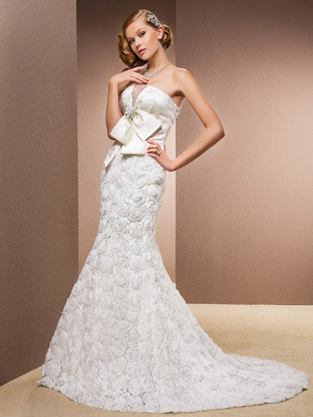 Mermaid \ Trumpet Wedding Dresses Strapless Court Train Lace Over Satin Strapless Sexy Plus Size_1