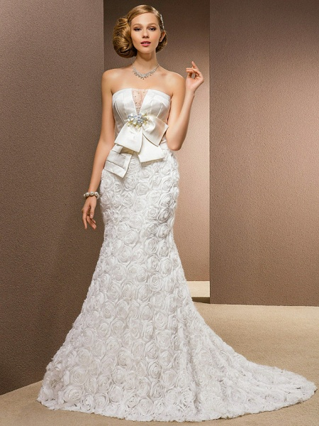 Mermaid \ Trumpet Wedding Dresses Strapless Court Train Lace Over Satin Strapless Sexy Plus Size_2