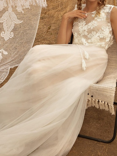 A-Line Wedding Dresses Jewel Neck Sweep \ Brush Train Tulle Polyester Short Sleeve Country Plus Size_2