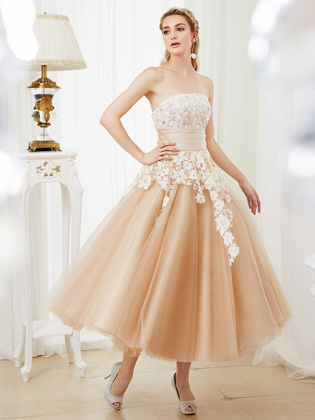 Ball Gown Wedding Dresses Strapless Tea Length Lace Satin Tulle Strapless Romantic Casual Illusion Detail_1