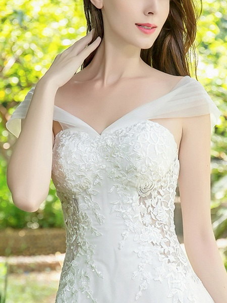 A-Line Wedding Dresses V Neck Court Train Lace Tulle Sleeveless_11
