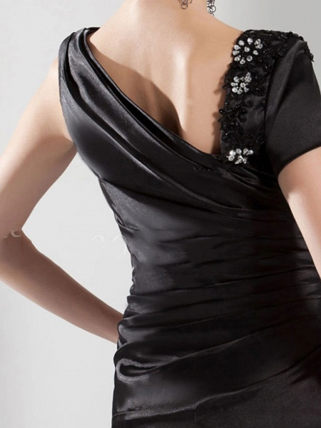 Mermaid \ Trumpet Wedding Dresses Off Shoulder Sweep \ Brush Train Satin Short Sleeve Formal Black_2