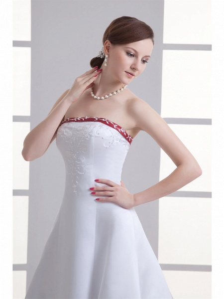 A-Line Strapless Chapel Train Satin Strapless Wedding Dress in Color Wedding Dresses_4