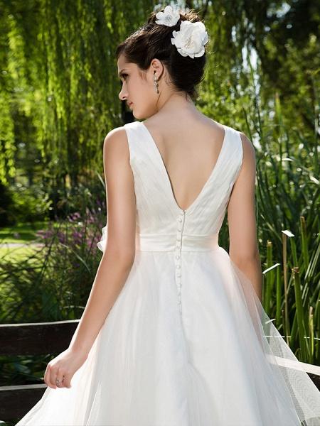 Ball Gown Wedding Dresses V Neck Knee Length Tulle Sleeveless See-Through_6
