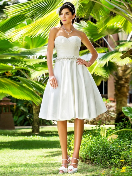 A-Line Wedding Dresses Sweetheart Neckline Knee Length Satin Strapless Country Beach Little White Dress Plus Size_3