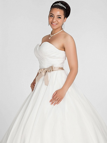 Ball Gown Wedding Dresses Sweetheart Neckline Court Train Chiffon Strapless Simple Vintage Plus Size Backless Cute_6