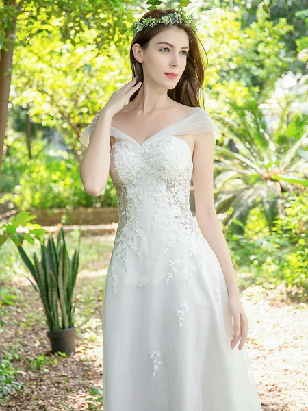 A-Line Wedding Dresses V Neck Court Train Lace Tulle Sleeveless_9