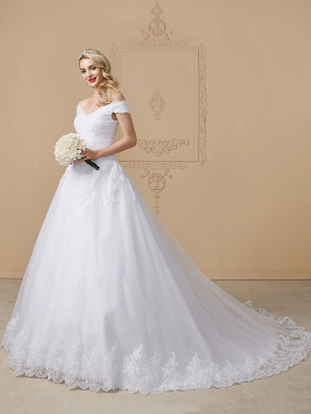 Ball Gown V Neck Cathedral Train Lace Tulle Cap Sleeve Glamorous Illusion Detail Wedding Dresses_3