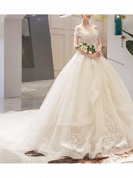 A-Line Wedding Dresses Off Shoulder Court Train Lace Sleeveless Casual Illusion Detail Plus Size_3