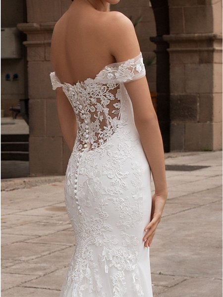 Mermaid \ Trumpet Wedding Dresses Off Shoulder Court Train Lace Satin Short Sleeve Romantic Plus Size_3