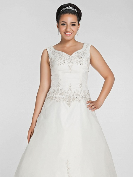 Ball Gown V Neck Court Train Organza Beaded Lace Regular Straps Formal Plus Size Wedding Dresses_5