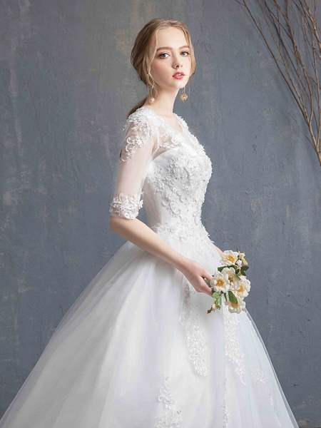 Ball Gown Wedding Dresses Scoop Neck Chapel Train Lace Tulle Sequined Half Sleeve Glamorous See-Through Illusion Sleeve_12