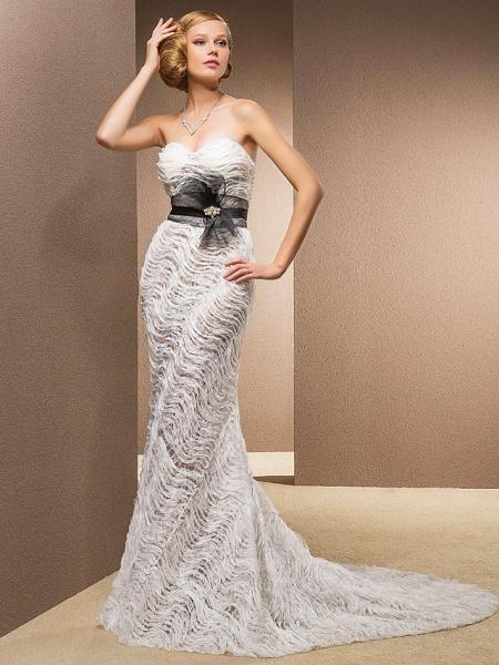 Mermaid \ Trumpet Sweetheart Neckline Court Train Lace Satin Tulle Sleeveless Wedding Dress in Color Wedding Dresses_1