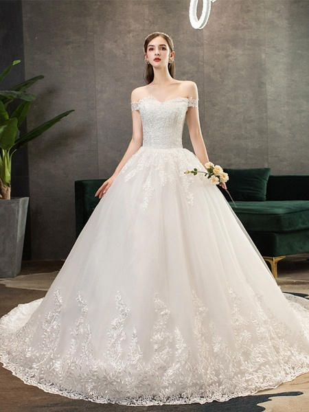 Ball Gown Wedding Dresses Off Shoulder Watteau Train Lace Tulle Polyester Short Sleeve Romantic_1