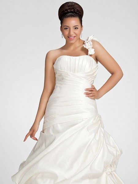 A-Line Wedding Dresses One Shoulder Sweep \ Brush Train Satin Strapless Formal Simple Little White Dress Plus Size_9