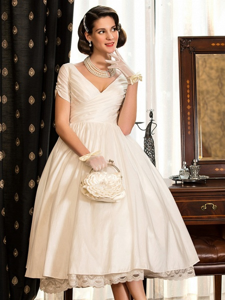 A-Line Wedding Dresses V Neck Tea Length Taffeta Short Sleeve Vintage Little White Dress 1950s_5
