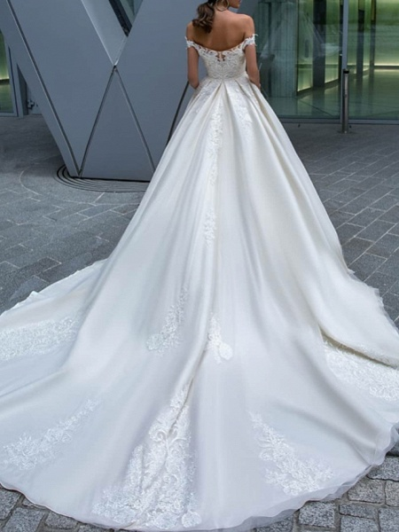 A-Line Wedding Dresses Off Shoulder Court Train Polyester Short Sleeve Country Glamorous Illusion Detail_2