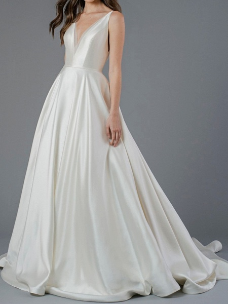 A-Line Wedding Dresses V Neck Court Train Polyester Sleeveless Country Plus Size_1