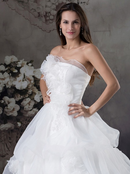 A-Line Strapless Chapel Train Organza Satin Strapless Wedding Dresses_4