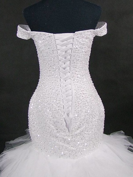 Mermaid \ Trumpet Off Shoulder Court Train Tulle Sequined Strapless Glamorous Vintage Sparkle & Shine Wedding Dresses_4