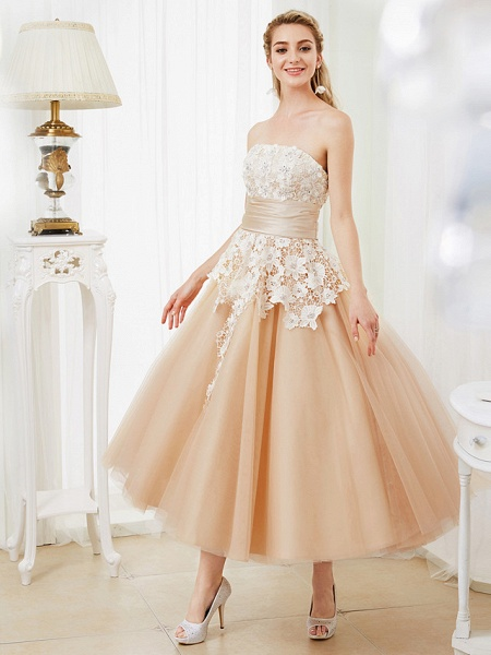 Ball Gown Wedding Dresses Strapless Tea Length Lace Satin Tulle Strapless Romantic Casual Illusion Detail_6