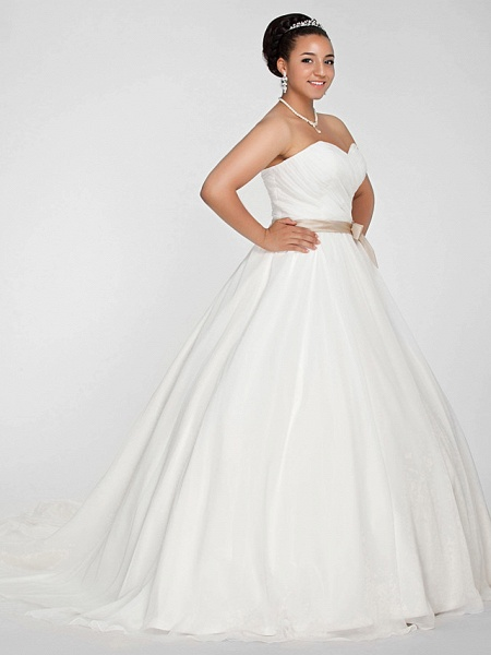 Ball Gown Wedding Dresses Sweetheart Neckline Court Train Chiffon Strapless Simple Vintage Plus Size Backless Cute_2