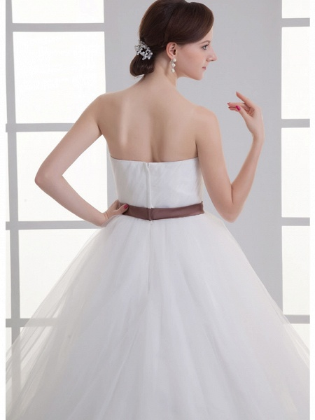 A-Line Wedding Dresses Sweetheart Neckline Court Train Lace Satin Tulle Strapless_6