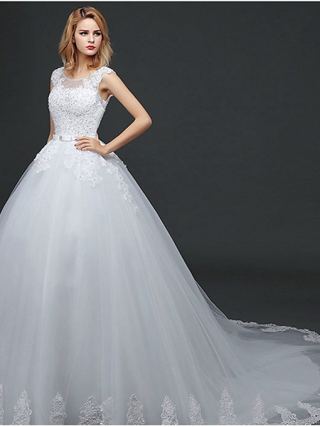 Ball Gown Wedding Dresses Scoop Neck Court Train Lace Tulle Polyester Short Sleeve Romantic_3