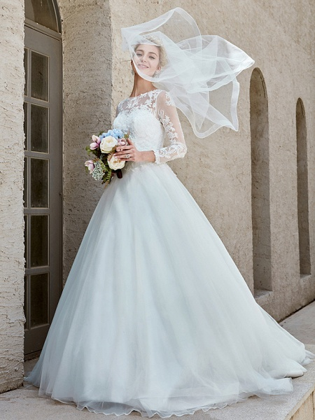 Ball Gown Wedding Dresses Bateau Neck Chapel Train Lace Tulle Long Sleeve Beautiful Back Illusion Sleeve_3