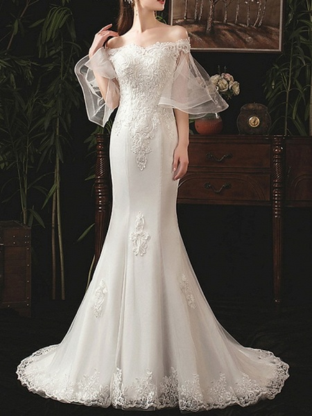 Mermaid \ Trumpet Wedding Dresses Off Shoulder Sweep \ Brush Train Lace Half Sleeve Beach_1