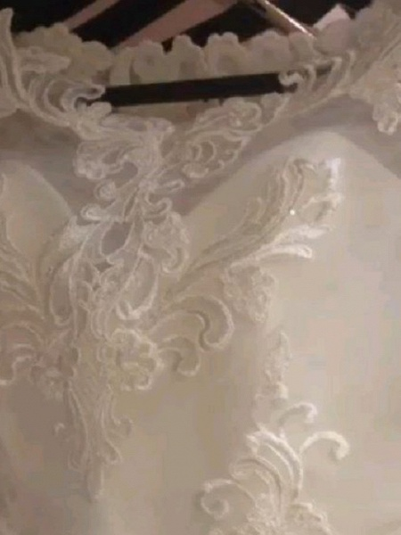 Ball Gown Wedding Dresses Jewel Neck Sweep \ Brush Train Lace Satin Long Sleeve Romantic See-Through_3