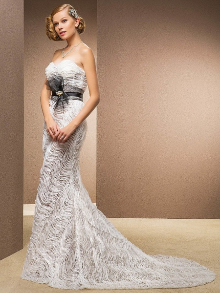 Mermaid \ Trumpet Sweetheart Neckline Court Train Lace Satin Tulle Sleeveless Wedding Dress in Color Wedding Dresses_9