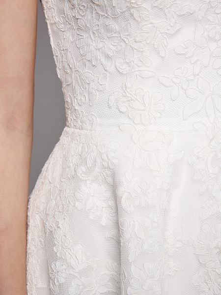 Ball Gown Wedding Dresses Bateau Neck Tea Length Lace Over Tulle Short Sleeve Formal Casual Illusion Detail Cute_4