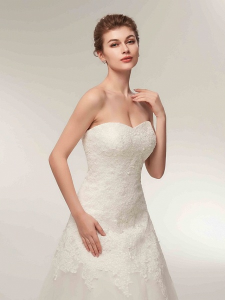 A-Line Wedding Dresses Strapless Floor Length Lace Tulle Strapless Formal Illusion Detail_8