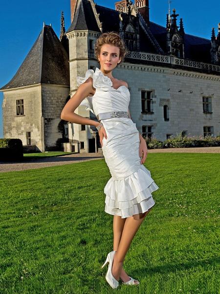 Sheath \ Column Wedding Dresses One Shoulder Asymmetrical Knee Length Taffeta Sleeveless Little White Dress_2