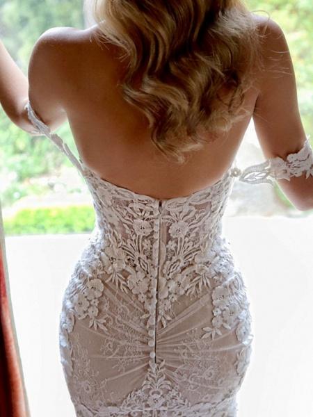 Sheath \ Column Sweetheart Neckline Chapel Train Lace Sleeveless Vintage Sexy Wedding Dress in Color Wedding Dresses_3