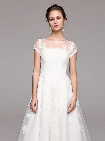 Ball Gown Wedding Dresses Bateau Neck Tea Length Lace Over Tulle Short Sleeve Formal Casual Illusion Detail Cute_10