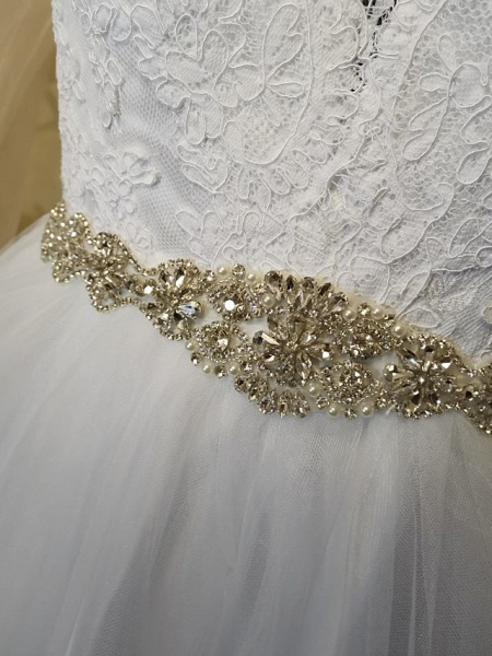 A-Line Wedding Dresses V Neck Court Train Tulle Long Sleeve Formal Casual Beach Illusion Sleeve_6