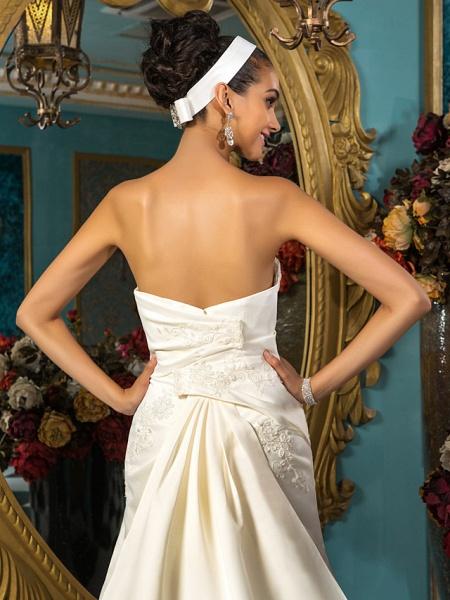 A-Line Wedding Dresses Strapless Court Train Satin Sleeveless_6