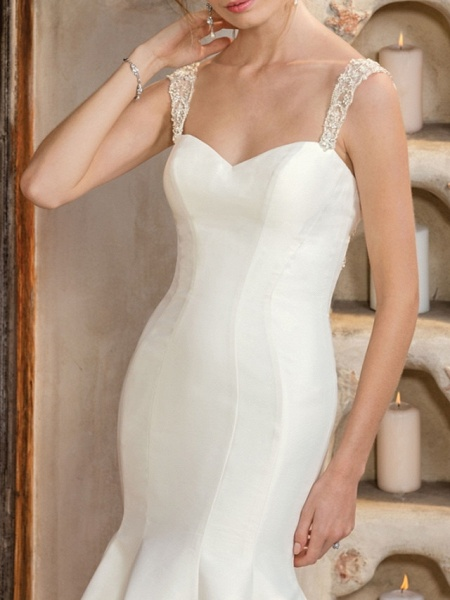 Mermaid \ Trumpet Wedding Dresses V Neck Chapel Train Matte Satin Georgette Sleeveless Sexy Wedding Dress in Color_3