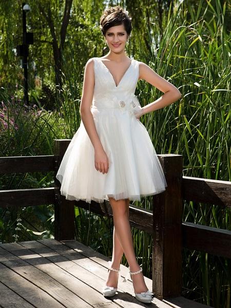 Ball Gown Wedding Dresses V Neck Knee Length Tulle Sleeveless See-Through_1