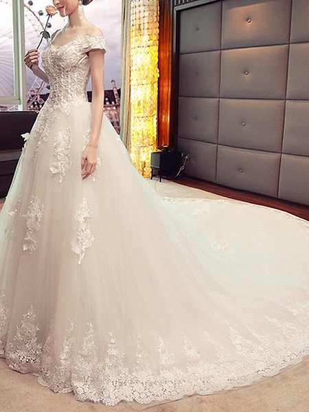 A-Line Wedding Dresses Off Shoulder Sweep \ Brush Train Lace Short Sleeve Beach_2