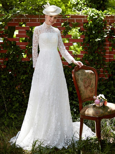 A-Line Wedding Dresses Illusion Neck Court Train All Over Lace Long Sleeve Floral Lace_5