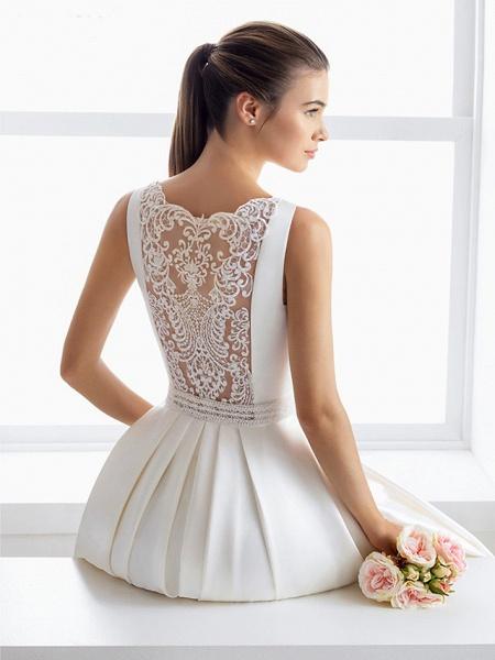 Ball Gown Wedding Dresses Bateau Neck Court Train Lace Polyester Regular Straps Elegant_2
