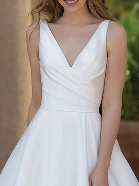 A-Line Wedding Dresses V Neck Sweep \ Brush Train Satin Sleeveless Country Plus Size_2
