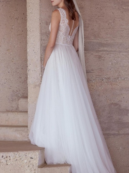 A-Line Wedding Dresses V Neck Sweep \ Brush Train Lace Tulle Regular Straps Plus Size_3