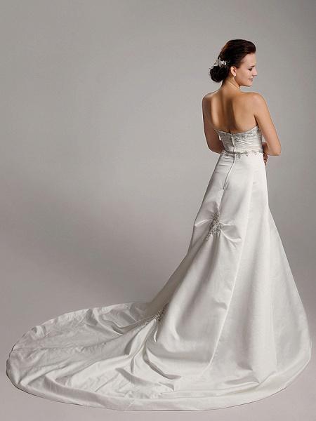 Princess A-Line Wedding Dresses Strapless Sweetheart Neckline Court Train Satin Sleeveless_6